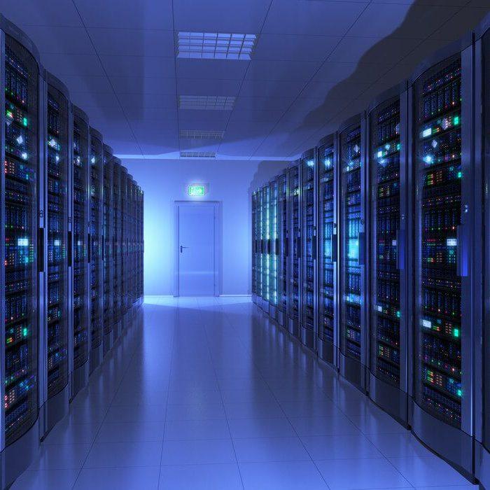38540-rack-para-servidor-o-que-levar-em-conta-na-hora-de-escolher-1000x700